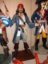 FIGURA DE JACK SPARROW CON PISTOLA Y ESPADA | Figuras de Jack Sparrow