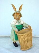 Coneja con cesta | Figuras infantiles