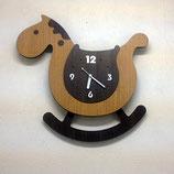 木馬型の木製振り子時計 -スウィングホース-