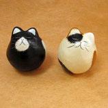 手漉き和紙の猫おきあがりこぼし