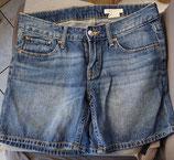 Kurze Jeans Gr. 158 (26)