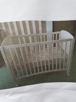 Babybett komplett mit Matratze