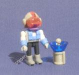 Ferraerospace Expeditions Crew von 1997  - Ingenieur mit Wassergewinnungsmaschine   621 404    1x
