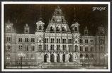 AK Wiesbaden, Rathaus bei Nacht     81k