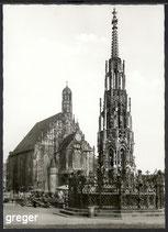 AK Nürnberg, schöner Brunnen und Frauenkirche    88p