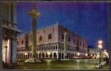 AK Venedig, Dogenpalast bei Nacht    42/11