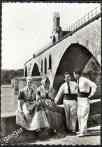 AK Avignon Folklore Kostüme    x7