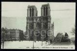 AK Paris, Notre-Dame  et le Monument de Charlemagne    91/12
