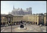 AK Reims, La Place Royale et ia Cathédrale    100-l