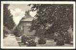 AK Deutsches Reich 1929, Schloß Pillnitz, im Schlossgarten   22/8