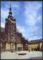 AK Prag Dritter Burghof mit der Veitskathedrale    x47