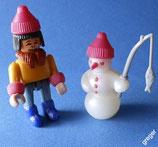Bei den Eskimos von 1994  -  Junge mit Schneemann   14x