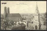 AK München, Die Frauenkirche und Neues Rathaus      5j