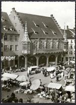 AK Freiburg, Brsg. Markt beim hist. Kaufhaus    25p