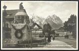 AK  Garmisch, Kriegsgedenkbrunnen u. Kurhaus   37d