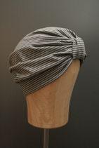 Turban grau gestreift