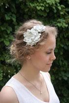Lederblüten auf Haarreif