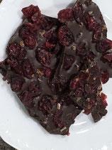 Zartbitter-Schokolade mit Cranberries