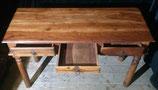 Schreibtisch schlank