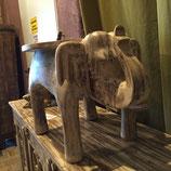 Elefantenhocker