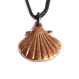 pendant scallop small bronze