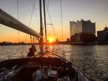 """EXCLUSIVE """"Blankenese"""" sailing trip and yacht event - for private groups or couples. From/to HAMBURG. Price for 1 - 11 persons. Duration: Four hours"""