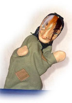 2210 Hexe Gittigit aus Holzmasse (ohne Beine)