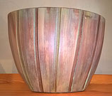 Keramiktopf-, -vase oder -schale in Bambusoptik grün/braun gewischt,  matt, elipsenförmig