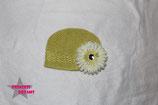 Mütze gelb m. XL Blume ab 18M