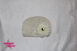Mütze creme m. XL Blume ab 18M