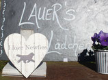 "Herz Holz mit ""I love Newfies"" creme"