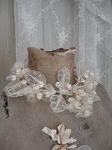 Antiker Brautkranz aus Tüll und Wachsblumen Frankreich um 1900