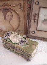 Wunderbare alte Seifenschachtel aus Frankreich