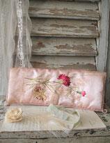 Shabby: Wunderschöner antiker Seiden Taschentuchbehälter Frankreich