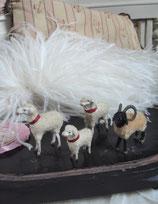 Set süße alte Wollschafe Erzgebirge