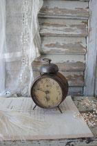 Shabby: Dekorativer alter Glocken Wecker