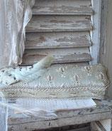 Wunderschöne antike bestickte Seidenschachtel Frankreich