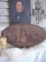 Wunderschöne alte ovale Pralinenschachtel aus Frankreich