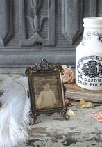 Süßer antiker kleiner Messing Bilderrahmen Frankreich