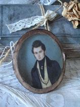 Zauberhafte Miniatur - Porträt eines jungen Herrn um 1880