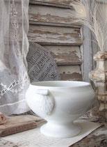 Shabby: Alte kleine Porzellan Terrine aus Frankreich