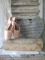 Shabby: Alte Handschuhschachtel Frankreich