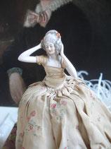 Antike Teepuppe Porzellan aus Frankreich