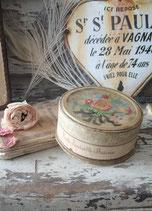 Süße alte Puderdose Elisabeth Arden aus Frankreich