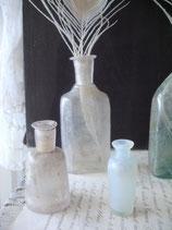 Drei antike Apothekerflaschen 19. Jahrhundert
