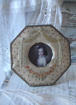 Shabby: Süßer antiker bestickter Bilderrahmen Frankreich