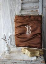Zauberhafte alte Seidensatintasche / Umschlag aus Paris