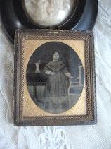 Antike Ferrotype Mädchen gerahmt 19. Jahrhundert