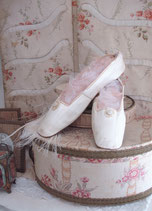 RAR: Antike viktorianische Leder Ballschuhe um 1820 Frankreich