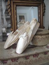 RAR: Antike viktorianische Seiden Hochzeitsschuhe um 1820 Frankreich
